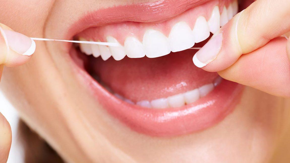 Los alimentos que oscurecen los dientes